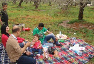 ( التكريزة ) .. عادة دمشقية لتوديع شعبان و استقبال رمضان .