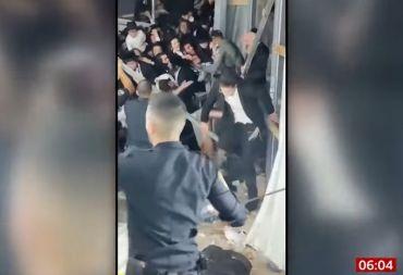 عشرات القتلى من اليهود المتشددين في حادث انهيار جسر خلال احتفال ديني (صور وفيديو)