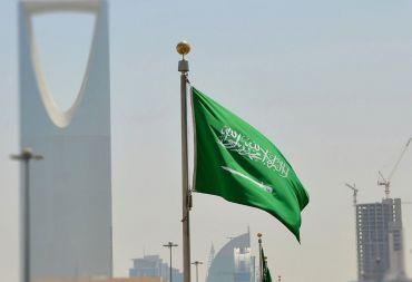 العمالة الوافدة تغادر السعودية بسبب توطين الوظائف