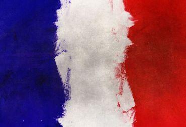 استطلاع للرأي: أكثر من نصف الفرنسيين لا يؤمنون بالله