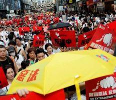 """الصين توقع قانون هونغ كونغ """"المثير للجدل"""""""