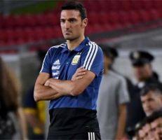 مدرب الأرجنتين قبل مواجهة بوليفيا: تحدثت مع ميسي