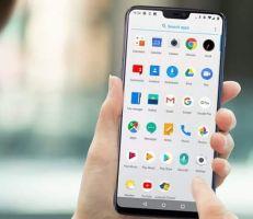 """عطل مفاجئ يضرب تطبيقات """"أندرويد"""" الرئيسية… و غوغل تبرر"""
