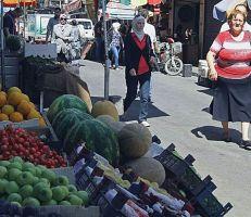 رغم انخفاض سعر الصرف:أسواق دمشق تشهدانخفاضاً خجولاً لم يتجاوز الـ 30 بالمئة