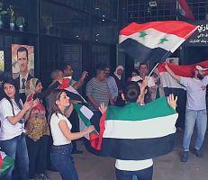 رسائل وأماني محملة بالورود للرئيس السوري القادم في اليوم الموعود للعرس الوطني في دمشق (فيديو)