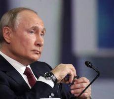 بوتين : الولايات المتحدة تسير بخطى واثقة على درب الاتحاد السوفيتي .