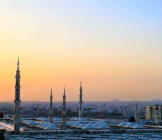 تعميم تاريخي في السعودية بفتح المحلات التجارية في أوقات الصلاة