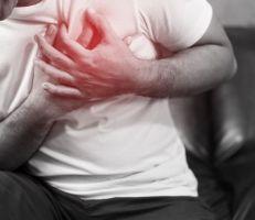 بيانات كندية: معدلات الإصابة بالتهاب القلب زادت بعد التطعيم بلقاح مودرنا المضاد لكورونا