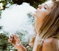 هيئة الغذاء والدواء الأمريكية تصرح باستخدامالسجائر الإلكترونية لأول مرة